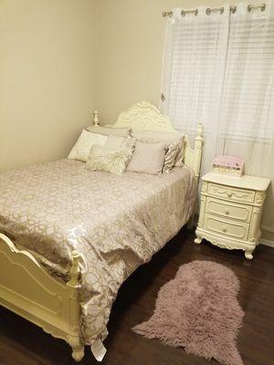 Girl's bedroom set for Sale in Phoenix, AZ