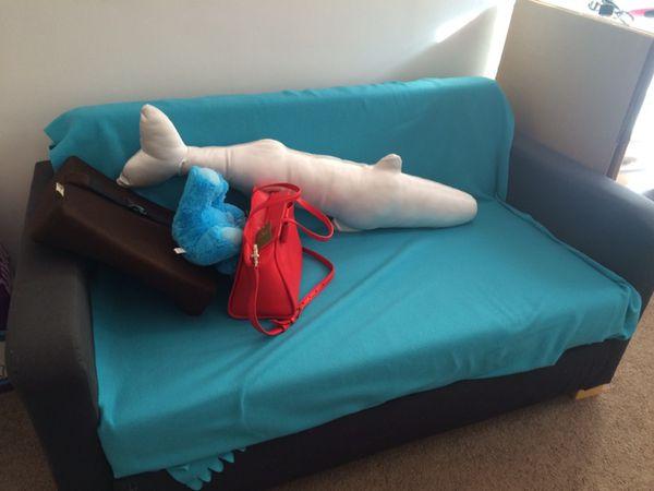 Ikea sofa need to sell