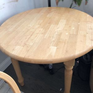 7 Pc Solid Oak Kitchen Tables w/chairs for Sale in Fresno, CA