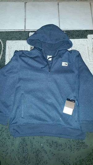 NORTH FACE CURRAN TRAIL 1/4 ZIP HOODIE for Sale in Reedley, CA