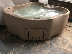 Hot tub for Sale in Fort Lauderdale, FL