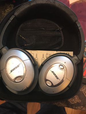 Bose quiet comfort 2 for Sale in Austin, TX