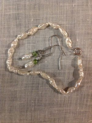 Authentic New Pearl and Peridot Jewelry sets, see al photos, Excellent no problems for Sale in Poulsbo, WA