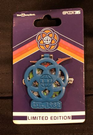Limited Edition Universe of Energy pin for Sale in Middletown, CT