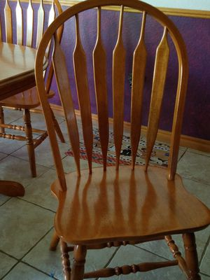 Solid oak butterfly kitchen table with 6 matching chairs for Sale in Oklahoma City, OK