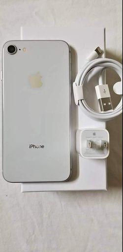 iPhone || 8 || iCloud Unlocked || Factory Unlocked || Works For Any SIM Company Carrier || Works For Locally & INTERNATIONALLY || >Like New< for Sale in Springfield,  VA
