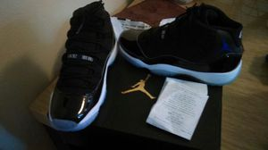 Jordan's 11 retro size 6 1/2 y for Sale in Austin, TX