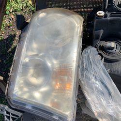 Toyota Headlight for Sale in San Antonio,  TX