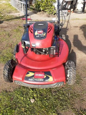 Toro Super Recycler 190 cc and 22 inch cut mower for Sale in Des Moines, WA