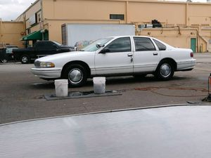 1996 Chevy caprice for Sale in Orlando, FL