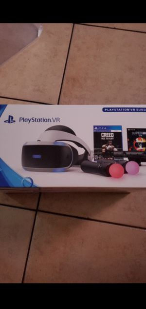 Playstation vr bundle with two joysticks and two games for Sale in Long Beach, CA