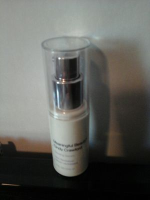 Cindy Crawford's Meaningful Beauty glow serum sealed for Sale in Perryopolis, PA