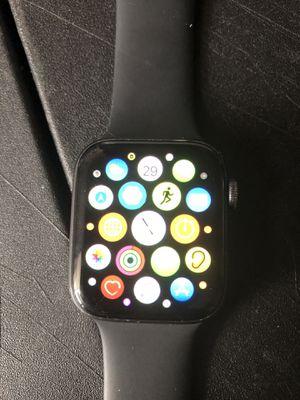 Apple Watch series 4 44mm for Sale in Altamonte Springs, FL