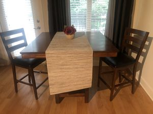 Kitchen Table and Chairs for Sale in Atlanta, GA