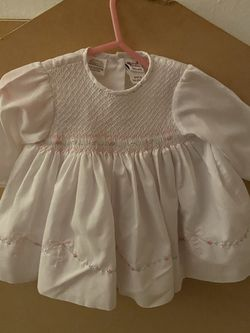 Sarah Louise Baby Girls Hand Smoked Dress size 6 for Sale in Newport News,  VA