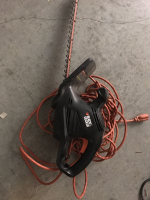 Black and decker hedge trimmer with extension cord for Sale in Austin, TX