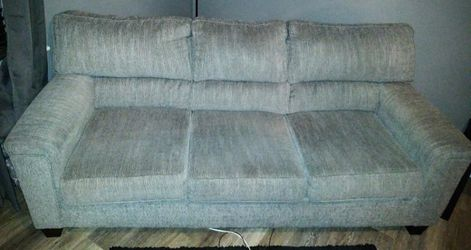 Grey Couch for Sale in Pittsburgh,  PA