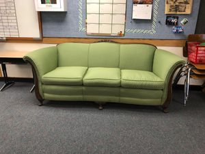 Antique Claw Foot Couch for Sale in La Conner, WA