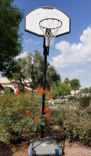 Basketball hoop for Sale in Chandler, AZ