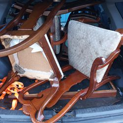 Free Dining Table Seats 8 And 6 Chairs for Sale in Gold Bar,  WA