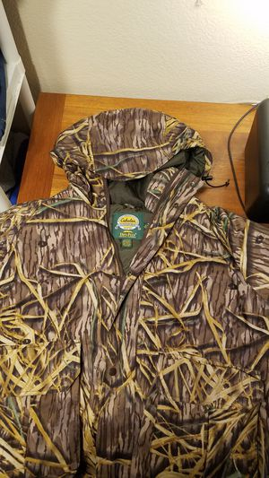 Cabela insulated hunting/cold weather jacket for Sale in Everett, WA