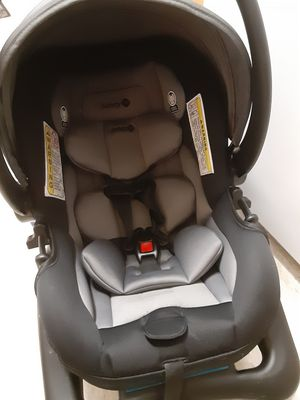 Safety First Infant Car Seat for Sale in Forty Fort, PA