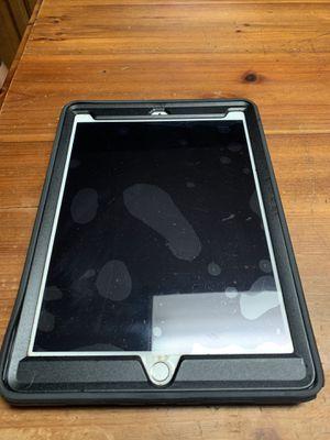 Ipad Pro 9.7 32GB Wi-Fi only for Sale in Lilburn, GA