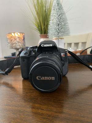 Canon EOS Rebel T4i DSLR with 18-55mm Lens for Sale in The Bronx, NY