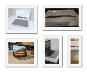 2018//MacBook///16GB//Grey for Sale in Los Angeles, CA