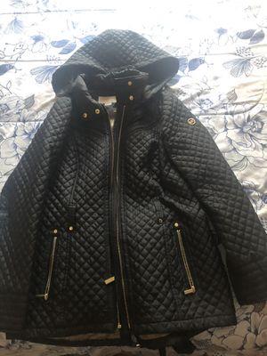 Michael kors jacket medium size for Sale in Vallejo, CA
