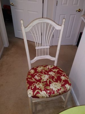 Dining/ Breakfast Nook Table & Chairs for Sale in Ypsilanti, MI