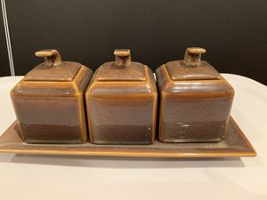 Spice Jars- Set of 3 with matching tray for Sale in Princeton, NJ