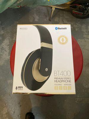 Bluetooth/ wireless headphones for Sale in Atlanta, GA
