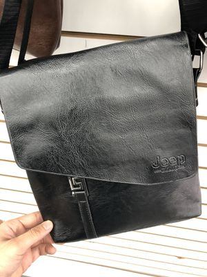 Black Leather Messenger Bag for Sale in Azusa, CA