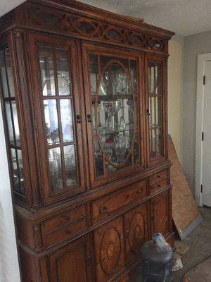 China hutch (OBO or Trade too) for Sale in Rock Creek, OH