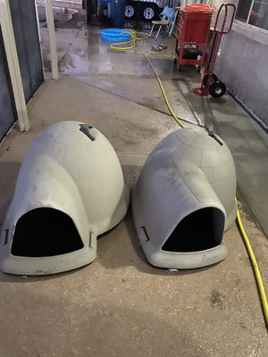 Igloo dog house for Sale in Las Vegas, NV