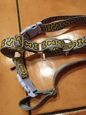 Easy walk dog harness (med/large) for Sale in Elmhurst, IL