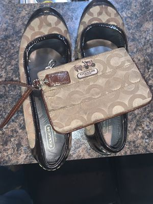 Coach flats and matching Wrislet for Sale in Spring, TX