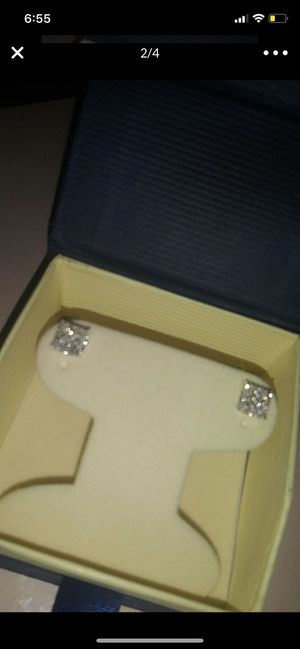 10k White Gold Diamond Earrings for Sale in San Leandro, CA