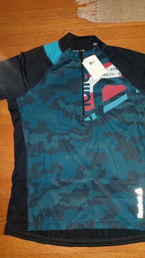 Reebok men's les mills workout shirt for Sale in Pittsburgh, PA
