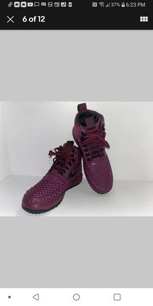 Mens Nike LF1 Duckboot Bordeaux sz8.5 for Sale in North Las Vegas, NV