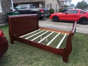 Bed frame for Sale in New Orleans, LA