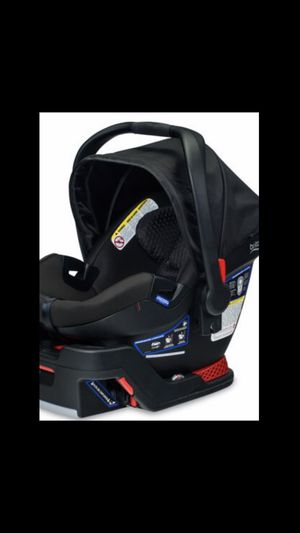 2 infant car seats for Sale in West Palm Beach, FL