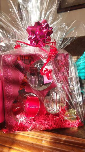 Victoria Secret gift sets for Sale in El Monte, CA