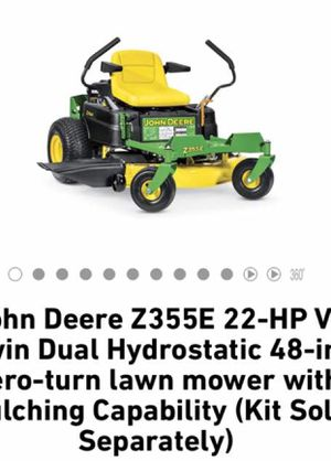 Lawn mower with mulching capacity. for Sale in West Hollywood, CA