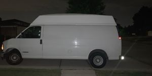 Chevy express 2500 for Sale in Roseville, MI