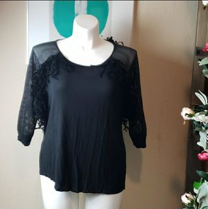 Cato 18/20W Mesh Sleeved Fringe Top for Sale in Redmond, WA