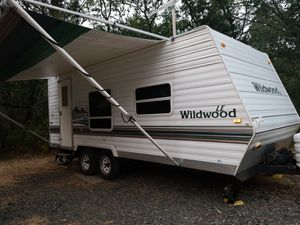 22 ft wildwood travel trailer for Sale in Portland, OR