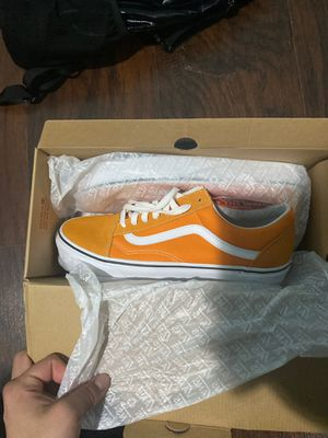 Old skool white and orange vans for Sale in Chicago, IL