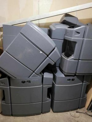 55 gallon garbage 🗑 in very good condition $40 each for Sale in Renton, WA